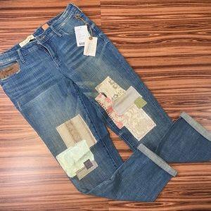 Pilcro Premium Hyphen Patches Jeans NWT Sz 28